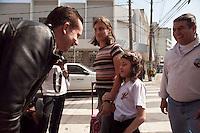 SAO PAULO, SP, 03 SETEMBRO DE 2012 - ELEICOES 2012 - O candidato a prefeitura de Sao Paulo, Celso Russomanno (PRB), participa de caminhada na Vila Mariana ,nesta manha de quinta-feira (03), na regiao central da cidade. RICARDO LOU - BRAZIL PHOTO PRESS