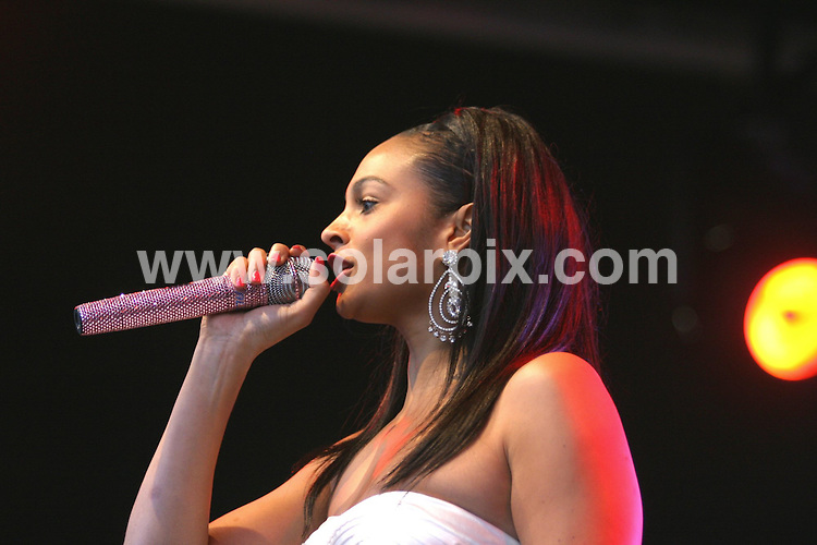 **ALL ROUND PICTURES FROM SOLARPIX.COM**.**WORLDWIDE SYNDICATION RIGHTS**.pictures from Birmingham's Christmas Lights switch on. Held at Millenium Point, Birmingham, UK. 8th November 2008...This pic: Alesha Dixon..JOB REF: 7841 NYA     DATE: 08_11_2008.**MUST CREDIT SOLARPIX.COM OR DOUBLE FEE WILL BE CHARGED* *UNDER NO CIRCUMSTANCES IS THIS IMAGE TO BE REPRODUCED FOR ANY ONLINE EDITION WITHOUT PRIOR PERMISSION*