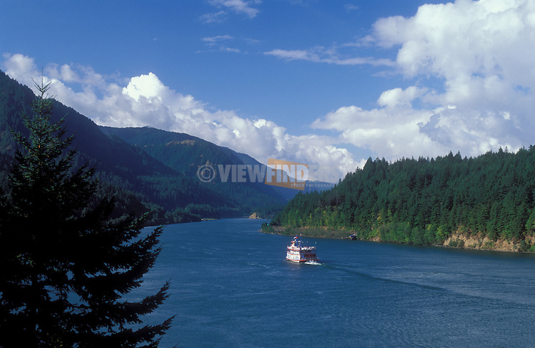 Sternwheel tour boat on Columbia River near Cascade Locks and Bridge of the Gods; Columbia River Gorge National Scenic Area, Oregon-Washinton.  .#2325-1215.near Cascade Locks, Oregon