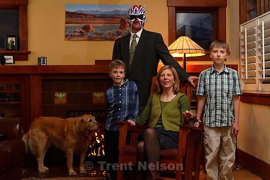 Laura Nelson, Sophie, Noah Nelson, Nathaniel Nelson, Trent Nelson. Christmas card, xmas photo<br />