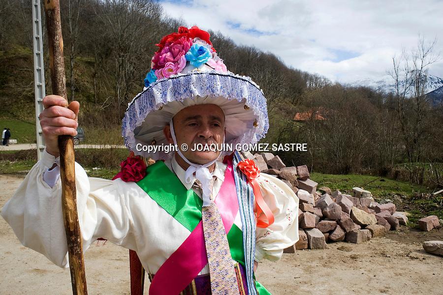 12 MARZO 2011 PEJANDA POLACIONES-CANTABRIA Carnaval ancestral con zamarrones en la zona de Polaciones Cantabria en sitios como Pesaguera, Pejanda,. foto © JOAQUIN GOMEZ SASTRE