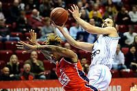 GRONINGEN - Basketbal, Donar New Heroes Den Bosch, kwartfinale NBB beker, seizoen 2018-2019, 14-01-2019, Donar speler Shane Hammink met Den Bosch speler Jessey Voorn