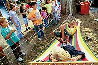 """""""Soluna Cyrcus"""". Uno degli ultimi 4 circhi in Europa che si sposta con carrozzoni trainati da cavalli.One of the last four cyrcus in Europe moving with horses dragged caravans."""