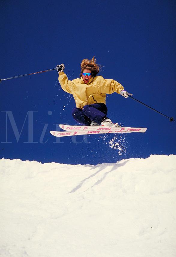 Holly Issacson (MR431) Alpine Skiing, Arapahoe Basin Ski Area, Summit County, Colorado. Holly Issacson (MR431). Summit County, Colorado Arapahoe Basin Ski Area.