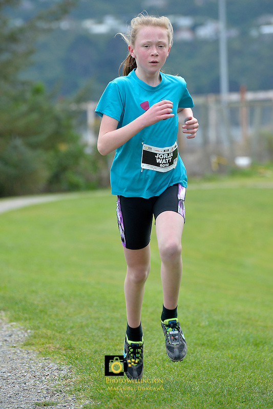 Action from the Athletics Wellington - Kids Cross Country at Sladden Park, Lower Hutt, New Zealand on Sunday 26 July 2015.<br /> Photo by Masanori Udagawa. <br /> www.photowellington.photoshelter.com.