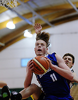 Action from the 2017 AA Boys' Secondary Schools Basketball Premiership National Championship match between Waimea College (white) and Rangitoto College (blue and burgundy) at the B&M Centre in Palmerston North, New Zealand on Tuesday, 3 October 2017. Photo: Dave Lintott / lintottphoto.co.nz