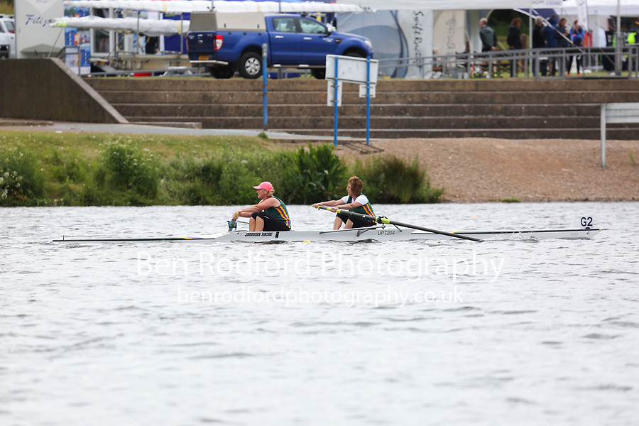 Race: 139  Event: W Non-Champ D-F 2-  Final<br />