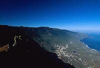 Spanien, Kanarische Inseln, El Hierro, Blick vom Mirador de Jinama auf El Golfo