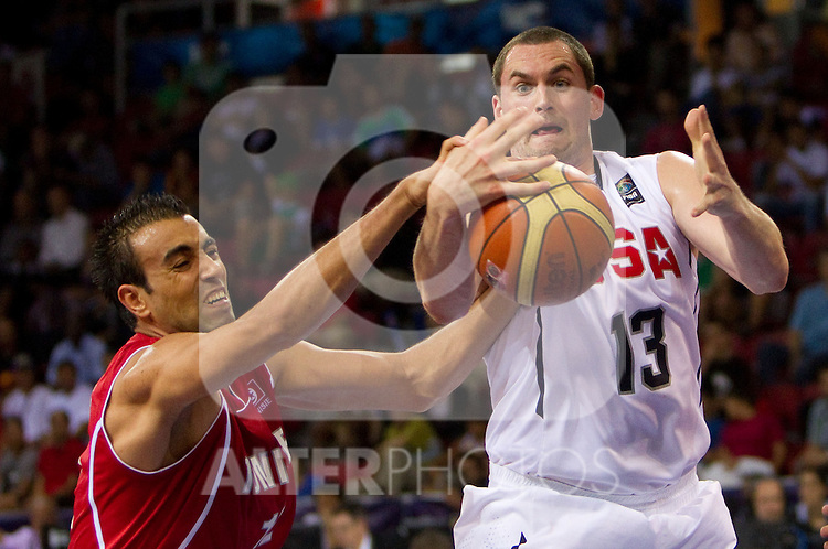 02.09.2010, Abdi Ipekci Arena, Istanbul, TUR, 2010 FIBA World Championship, USA vs Tunisia, Im Bild Kevin Love of USA vs Macram Ben Romdhane of Tunisia (L) during  the Preliminary Round - Group B basketball match between National teams of USA and Tunisia. EXPA Pictures © 2010, PhotoCredit: EXPA/ Sportida/ Vid Ponikvar *** ATTENTION *** SLOVENIA OUT!