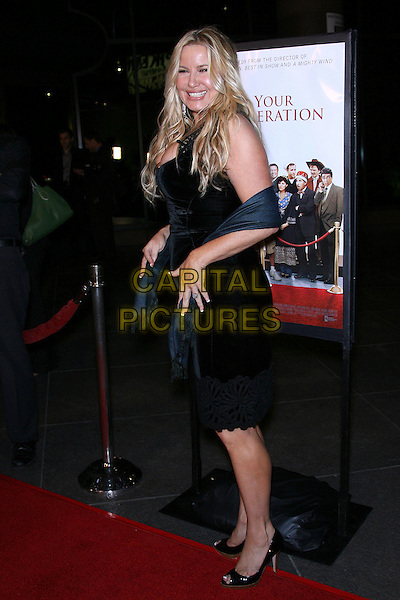 "JENNIFER COOLIDGE.""For Your Consideration"" Los Angeles Premiere - Arrivals held at the Director's Guild, Hollywood, California , USA,13 November 2006..full length black dress cleavage wrap .Ref: ADM/ZL.www.capitalpictures.com.sales@capitalpictures.com.©Zach Lipp/AdMedia/Capital Pictures."