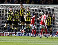Burton Albion v Barnsley 16.4.16 .Sky Bet League 1 ....... Barnsleys Adam hammill takes free kick