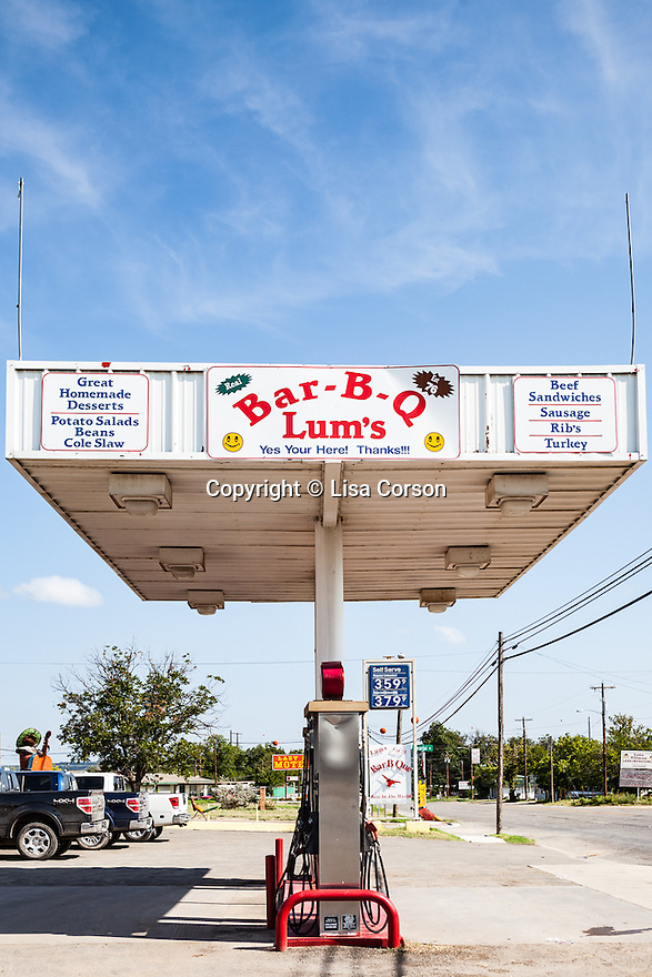 Lum's Bar-B-Q, Junction, Texas.