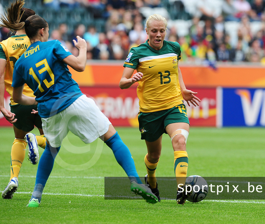 Fifa Women's World Cup Germany 2011 : Brazil - Australia  at Borussia - Park in Munchengladbach : Tameka Butt aan de bal voor Erika.foto DAVID CATRY / Vrouwenteam.be