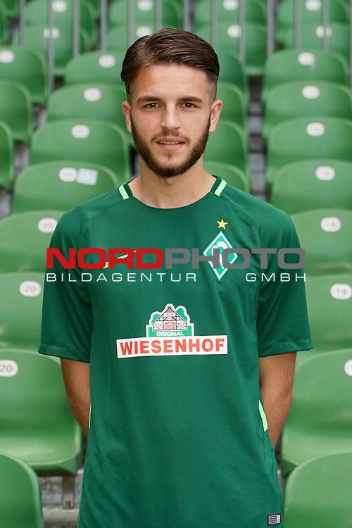 Fu&szlig;ball, GER, /3.Liga, Portr&auml;ttermin 2017/2018,<br /> <br /> Melvin Krol (SV Werder Bremen U23 #39)<br /> <br /> Foto &copy; nordphoto / Kokenge