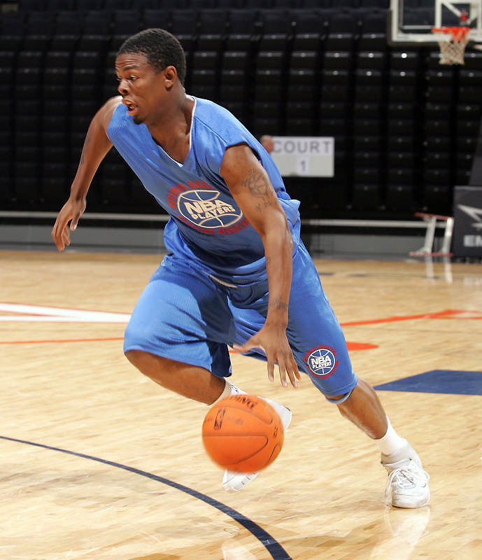 G/F William Buford (Toledo, OH / Libbey) moves the ball during the NBA Top 100 Camp held Friday June 22, 2007 at the John Paul Jones arena in Charlottesville, Va. (Photo/Andrew Shurtleff)