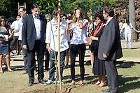 RIO DE JANEIRO-04/06/2012-A Top Model Gisele Bundchen comparece na manha desta segunda feira ao Green Nation Fest na Quinta da Boa Vista, zona norte do Rio.Foto:Marcelo Fonseca-Brazil Photo Press