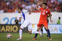Action photo during the match Chile vs Panama, Corresponding to Group -D- America Cup Centenary 2016 at Lincoln Financial Field.<br /> <br /> Foto de accion durante el partido Chile vs Panama, Correspondiente al Grupo -D- de la Copa America Centenario 2016 en el  Lincoln Financial Field, en la foto: (i-d) Gabriel Torres de Panama y Charles Aranguiz de Chile<br /> <br /> <br /> 14/06/2016/MEXSPORT/Osvaldo Aguilar.