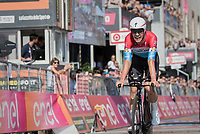 Bob Jungels (LUX/Quick-Step Floors) regaining the Maglia Bianca / best young rider in the closing time trial by beating his rival Adam Yates for the jersey<br /> <br />  the stage 21: Monza - Milano (29km)<br /> 100th Giro d'Italia 2017