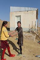 M&auml;dchen nahe Urgench, Usbekistan, Asien<br /> girls near Urgench, Uzbekistan, Asia