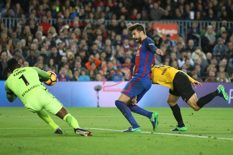 League Santander 2016/2017. Game: 12.<br /> FC Barcelona vs Malaga CF: 0-0.<br /> Kameni, Gerard Pique &amp; Mikel Villanueva.
