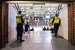 Stockholm 2015-09-30 Ishockey Hockeyallsvenskan AIK - Leksands IF :  <br /> Poliser i en av g&aring;ngarna till l&auml;ktarna p&aring; Hovet under matchen mellan AIK och Leksands IF <br /> (Foto: Kenta J&ouml;nsson) Nyckelord:  AIK Gnaget Hockeyallsvenskan Allsvenskan Hovet Johanneshov Isstadion Leksand LIF inomhus interi&ouml;r interior polis poliser supporter fans publik supporters