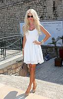 Victoria Silvstedt attends Novak Djokovic match at Monte-Carlo Rolex Masters