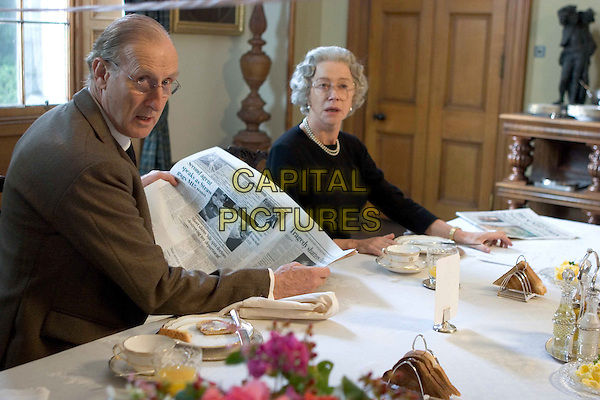 JAMES CROMWELL & HELEN MIRREN.in The Queen .**Editorial Use Only**.CAP/FB.Supplied by Capital Pictures