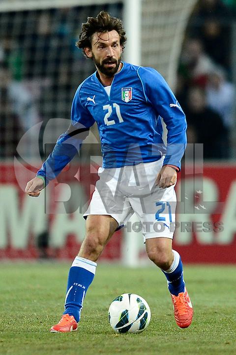 GENEBRA, SUICA, 21 DE MARCO DE 2013 - Andrea Pirlo da Italia durante partida amistosa contra o Brasil, disputada em Genebra, na Suíça, nesta quinta-feira, 21. O jogo terminou 2 a 2. FOTO: PIXATHLON / BRAZIL PHOTO PRESS