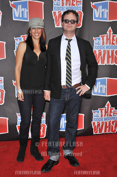 Rainn Wilson & wife at the VH1 Rock Honors tribute to The Who at UCLA's Pauley Pavilion..July 12, 2008  Los Angeles, CA.Picture: Paul Smith / Featureflash