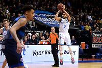 GRONINGEN - Basketbal, Donar - Landstede Zwolle, Halve finale Beker, seizoen 2019-2020, 13-02-2020,  driepunter Donar speler Carrington Love