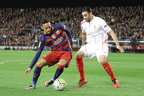 28.02.2016. Nou Camp, Barcelona, Spain. La Liga football match Barcelona versus Sevilla. Neymar challenged by Rami (R)