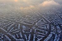 Hamburg Eimsbuettel im Winter: EUROPA, DEUTSCHLAND, HAMBURG, (EUROPE, GERMANY), 21.12.2009: Hamburg Eimsbuettel im Winter, verschneite Daecher,<br /> Luftbild, Luftansicht, Luftaufnahme, Aufwind-Luftbilder<br />c o p y r i g h t : A U F W I N D - L U F T B I L D E R . de<br />G e r t r u d - B a e u m e r - S t i e g 1 0 2, <br />2 1 0 3 5 H a m b u r g , G e r m a n y<br />P h o n e + 4 9 (0) 1 7 1 - 6 8 6 6 0 6 9 <br />E m a i l H w e i 1 @ a o l . c o m<br />w w w . a u f w i n d - l u f t b i l d e r . d e<br />K o n t o : P o s t b a n k H a m b u r g <br />B l z : 2 0 0 1 0 0 2 0 <br />K o n t o : 5 8 3 6 5 7 2 0 9 V e r o e f f e n t l i c h u n g  n u r  m i t  H o n o r a r  n a c h M F M, N a m e n s n e n n u n g  u n d B e l e g e x e m p l a r !