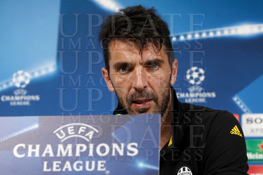Football Soccer - Juventus Press conference- Uefa Champions League, Juventus stadium, Turin, Italy, april 10, 2017.<br /> Juventus Gianluigi Buffon speaks during a news conference before the match against Barcelona.