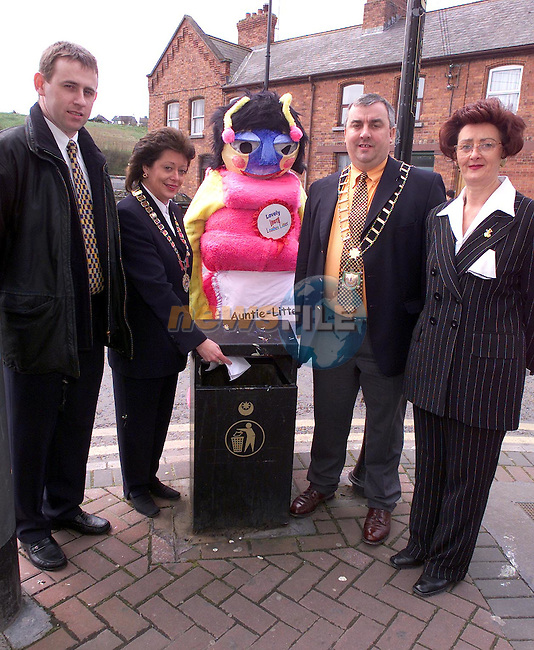 Paul Conlon, McDonalds, Mary Considine, President Drogheda Chamber of Commerce, Mayor Sean Collins and Colette Scanlon, Drogheda Chamber of Trade with Auntie Litter Bug at the Litter Awarness Launch in the Droichead Arts Centre..Picture Paul Mohan Newsfile