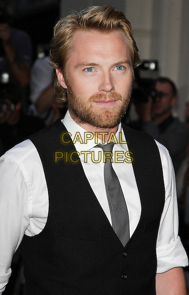 RONAN KEATING.The 10th Anniversary GQ Men Of The Year Awards, Royal Opera House, Covent Garden, London, England. .September 4th 2007.half length black beard facial hair .CAP/ROS.©Steve Ross/Capital Pictures