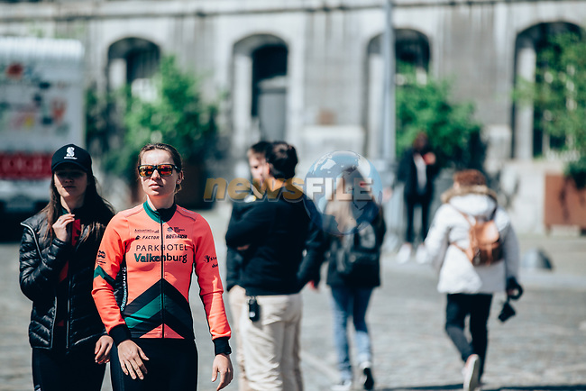 Parkhotel Valkenburg arrive at team presentation before the 2019 Liège-Bastogne-Liège Femmes,  running 138.5km from Bastogne to Liege, Belgium. 27th April 2019<br /> Picture: ASO/Thomas Maheux | Cyclefile<br /> All photos usage must carry mandatory copyright credit (© Cyclefile | ASO/Thomas Maheux)