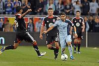 Paulo Nagamura  (6) midfield Sporting KC in action.Sporting Kansas City defeated D.C Utd 1-0 at Sporting Park, Kansas City, Kansas.