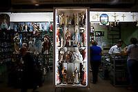 Belo Horizonte_MG, Brasil...80 anos do Mercado Central. Na foto detalhe do comercio...The 80 years of Mercado Central. In this photo the commerce...Foto: LEO DRUMOND / NITRO.