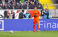 Torwart Georg Kobel (FC Augsburg) - 14.04.2019: Eintracht Frankfurt vs. FC Augsburg, Commerzbank Arena, 29. Spieltag DISCLAIMER: DFL regulations prohibit any use of photographs as image sequences and/or quasi-video.