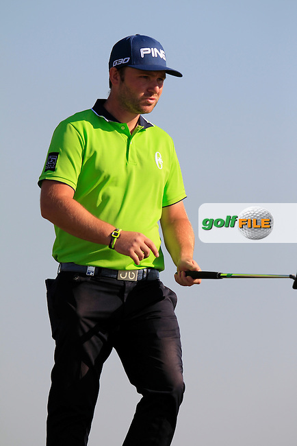 Andy SULLIVAN (ENG) on the 10th green during Thursday's Round 2 of the 2015 Commercial Bank Qatar Masters held at Doha Golf Club, Doha, Qatar.: Picture Eoin Clarke, www.golffile.ie: 1/22/2015