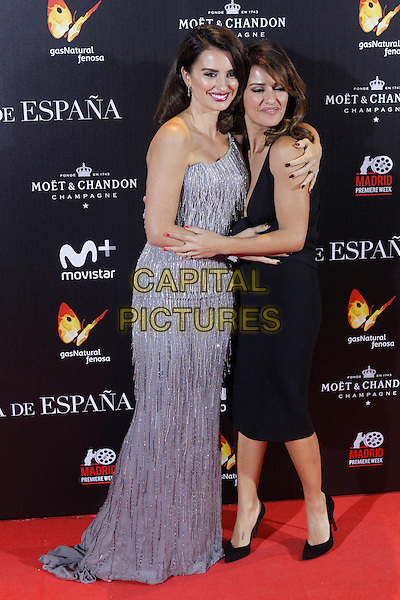 MADRID, SPAIN-NOVEMBER 24: Penelope Cruz and Monica Cruz attend the 'The Queen of Spain' premiere at Callao theater in Madrid, Spain.November 24, 2016.  ***NO SPAIN***<br /> CAP/MPI/RJO<br /> &copy;RJO/MPI/Capital Pictures