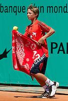 23-05-10, Tennis, France, Paris, Roland Garros, ballboy