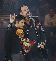 Pepe Aguilar e Hijos en le Palenque de Leon 2014