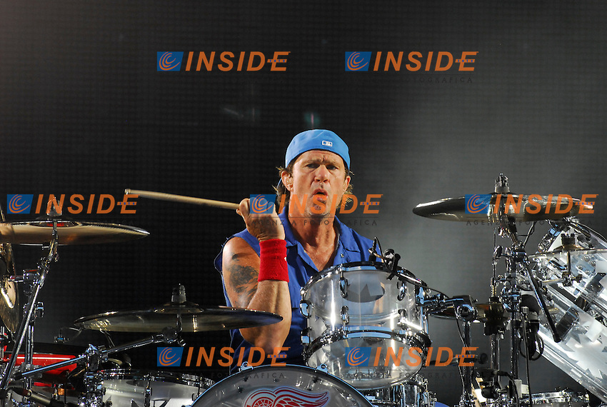 Chad Smith.Parigi 30/06/2012 Concerto dei Red Hot Chili Peppers allo Stadio di Francia..Photo Federico Pestellini /Panramic/Insidefoto.ITALY ONLY.