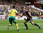 Enda Stevens of Sheffield Utd  in action with Ivo Pinto of Norwich City during the Championship match at Bramall Lane Stadium, Sheffield. Picture date 16th September 2017. Picture credit should read: Jamie Tyerman/Sportimage