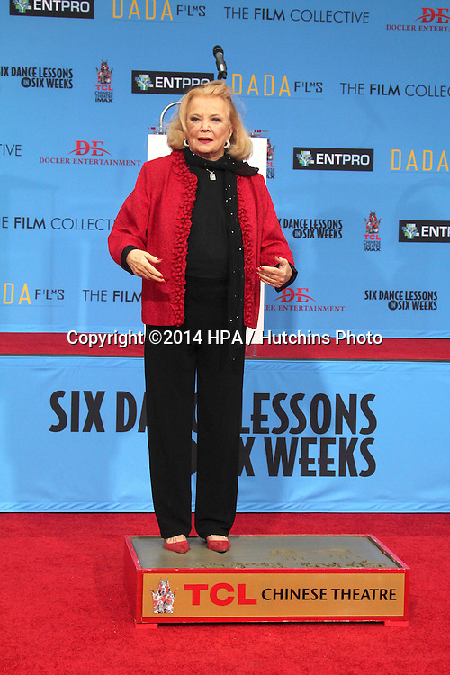 LOS ANGELES - DEC 5:  Gena Rowlands at the Gena Rowlands Hand and Foot Print Ceremony at the TCL Chinese Theater on December 5, 2014 in Los Angeles, CA
