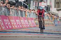 Bauke Mollema (NED/Trek-Segafredo) rolling in<br /> <br /> stage 21: Monza - Milano (29km)<br /> 100th Giro d'Italia 2017