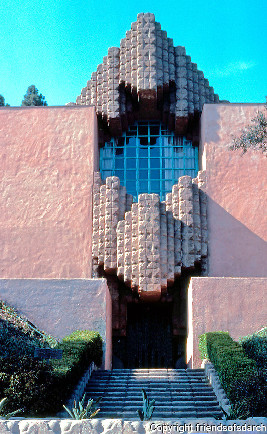 Lloyd Wright: Sowden House, 1926. 5121 Franklin, Hollywood.  Photo '82.