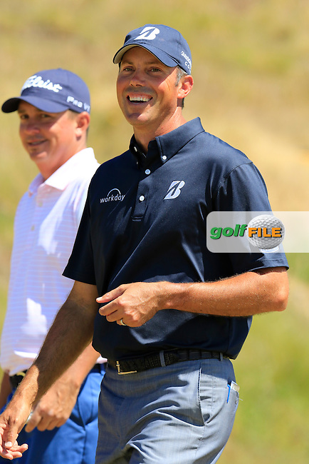 Jason DUFFNER and Matt Kuchar (USA) walk down the hill to the 9th tee during Saturday's Round 3 of the 2015 U.S. Open 115th National Championship held at Chambers Bay, Seattle, Washington, USA. 6/20/2015.<br /> Picture: Golffile | Eoin Clarke<br /> <br /> <br /> <br /> <br /> All photo usage must carry mandatory copyright credit (&copy; Golffile | Eoin Clarke)