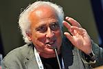 (KIKA) - TORINO - 17/05/2013 A Torino si tiene il 26° Salone del Libro con esposizioni, dibattiti e grandi ospiti, al salone del Lingotto. Stefano Benni